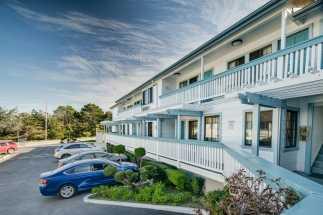 Arbor Inn Monterey - Arbor Inn Exterior
