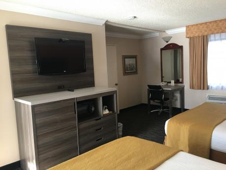 Arbor Inn Monterey - 2 Beds